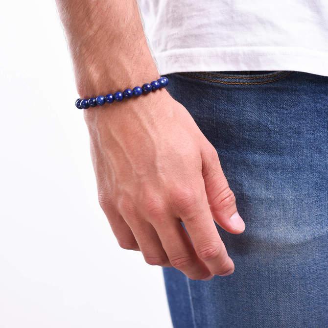 Pansky-koralkovy-naramek-8mm-modry-lapis-lazuli-bile-zlato-ruka.JPG