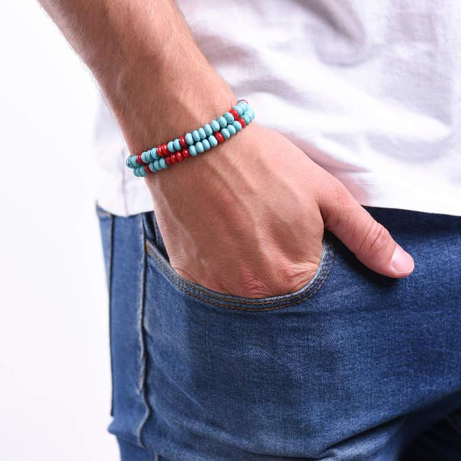 Pansky-koralkovy-wrap-naramek-modry-tyrkys-cerveny-koral-bile-zlato-ruka.JPG