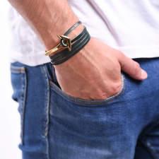 Naramek-s-kotvou-zelene-kozene-lanko-kotva-zlato-ruka.jpg