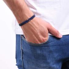 Pansky-koralkovy-wrap-naramek-modry-lapis-lazuli-bile-zlato-ruka.JPG